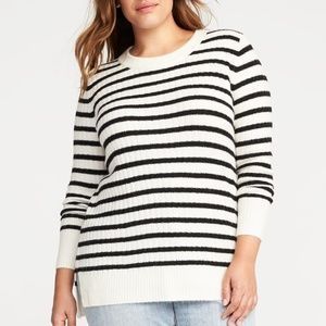 Old Navy Black & White Stripe Ribbed Knit Sweater